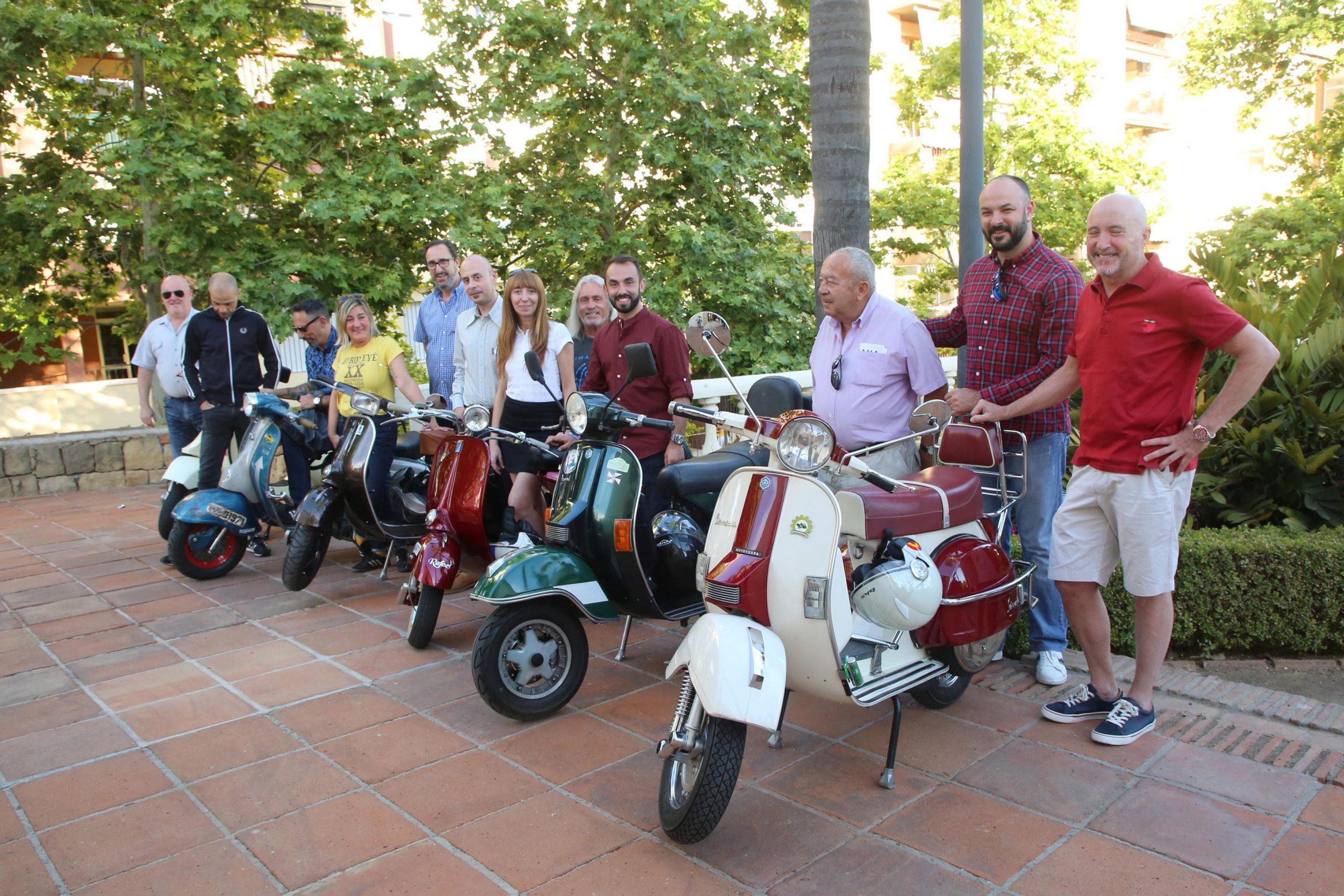 XIII Rally Scooterista en torno a las legendarias Vespas y Lambrettas en Marbella