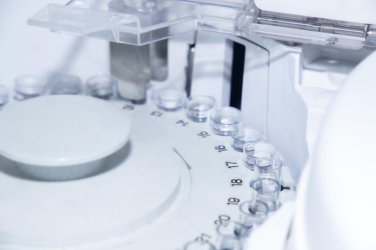 Quironsalud Marbella realiza prueba de anticuerpos tras vacuna Covid