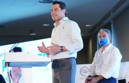 Elias Bendodo y Juan Manuel Moreno.