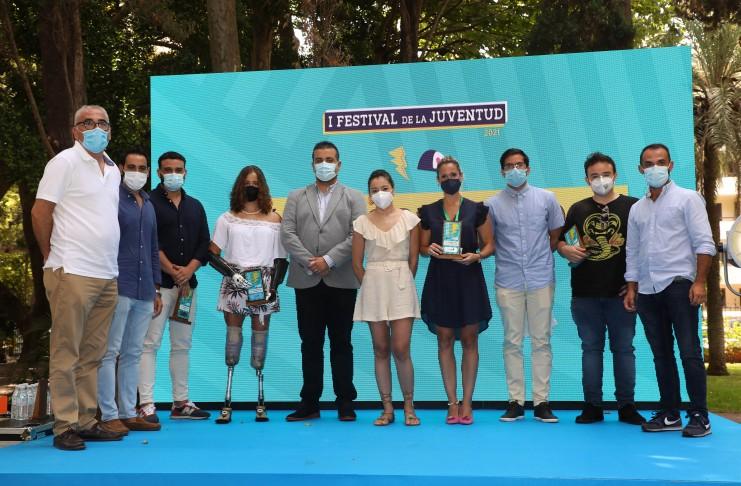 El I Festival de la Juventud anima al grupo a tener una visión positiva y se compromete a ayudarles ante el impacto de la pandemia en la salud mental
